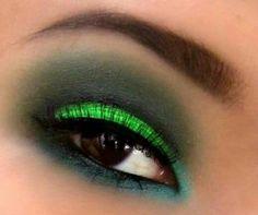 Verde gliters y ahumado