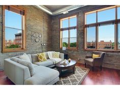 The MG Group | Chicago Real Estate – 3133 NORTH LAKEWOOD AVENUE #4D, CHICAGO, IL 60657