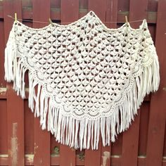 Vintage White Crocheted Shawl by vintagepoetic on Etsy