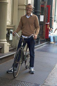 New York Streetstyle. J. Crew Style. Classics and essentials. Photo by Elina Simonen.  http://www.yhdenmiehentyyli.com #menswear