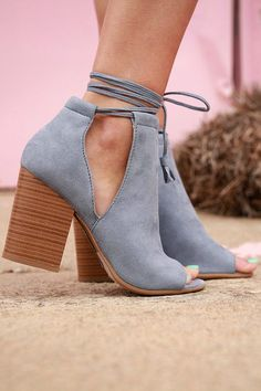 Fashion Savvy Lace Up Bootie