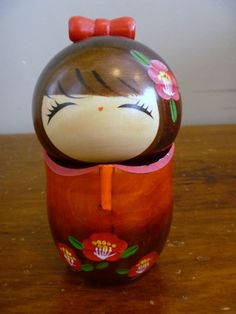 "Vintage Absolutely Cute Japanese Kokeshi Doll Girl in Red Flower Kimono Dress Japan Wooden Doll Bobble Removable Head 5""."