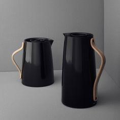 Isolierkanne Kaffeekanne schwarz Buchengriff Stelton EMMA