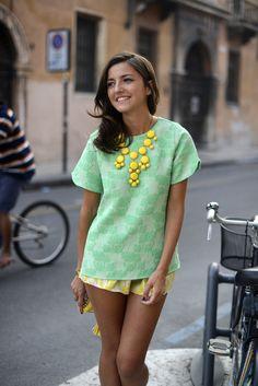 Hoy nuestro look de la semana va dedicado al estilazo de @LovelyPepa y este look fresco y veraniego ;)