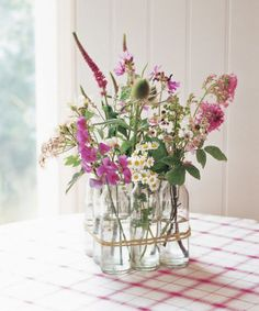 Diese erfrischenden Frühlingsdekorationen kannst du im Nu selber machen - DIY Vase