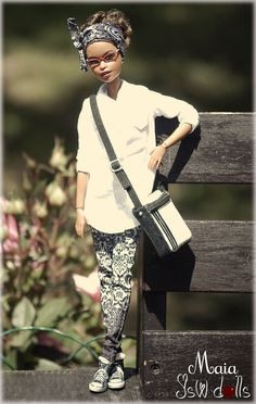 Discover recipes, home ideas, style inspiration and other ideas to try. Diva Dolls, Dolls Dolls, Afro, Beautiful Black Babies, African American Dolls, Beautiful Barbie Dolls, Black Barbie, Barbie Collection, Barbie Friends