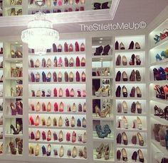 Amazing shoe closet