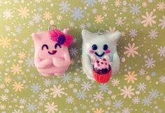Monsters collection_Cute DIY polymer clay monster couple charms_ presenting pink and blue monsters Gamo and Nomi! _Nomi baked a cupcake for Gamo! Aw
