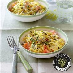 Smoked salmon and caper linguine recipe. This quick and easy, no fuss smoked salmon pasta recipe is perfect for a mid-week meal. Made with just five ingredients.