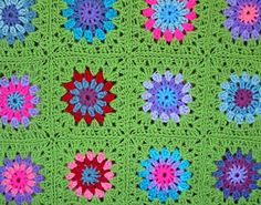 Ravelry: Flower Granny Square pattern by The Sunroomuk