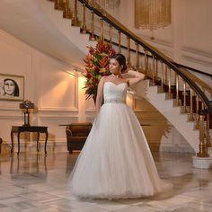 Vestido de novia Maggie Sottero modelo Aleah Talla 4 $̶2̶4̶0̶0̶ - $1200 Pueden venir a medírselo a nuestro showroom en Rorhmoser con cita llamando al 8830-7760 o 2290-4516. El catálogo completo está en denoviaanoviacr.com Aceptamos todas las tarjetas y te