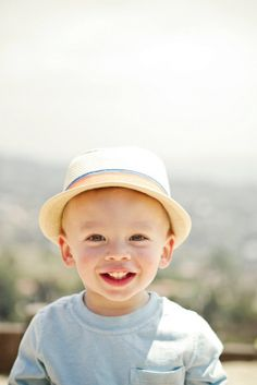what's cuter than a toddler in a hat? | Spring Family Photoshoot | Oh Lovely Day | Photos by Jennifer Roper