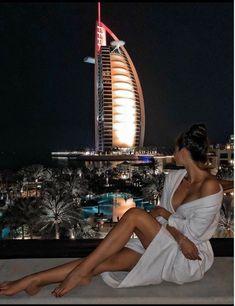 Luxury travel, dubai travel, travel photography, sunset photography, girl p Luxury Lifestyle Fashion, Rich Lifestyle, Dubai Travel, Luxury Travel, Luxury Girl, Billionaire Lifestyle, Rich Girl, Luxury Living, Dream Life