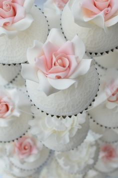 Wedding roses - Hilary Rose Cupcakes