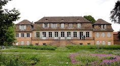 Château Klinglin ►► http://www.frenchchateau.net/chateaux-of-alsace/chateau-klinglin.html?i=p
