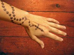 25 Best Cross Henna Tattoos Images Henna Shoulder Tattoos Henna