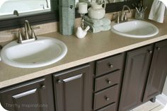 A few weeks ago I used the Rustoleum Countertop Transformations kit and I loved it.But the new bright clean counter looked very plain so I decided to used the RustoleumCabinet Transformations to ...