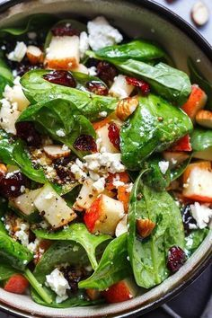 Apple Almond Feta Spinach Salad – Crunchy, sweet and easy to make, this healthy spinach salad is full of fresh flavors. Apple Almond Feta Spinach Salad – Crunchy, sweet and easy to make, this healthy spinach salad is full of fresh flavors. Spinach Salad Recipes, Healthy Salad Recipes, Diet Recipes, Healthy Snacks, Vegetarian Recipes, Healthy Eating, Cooking Recipes, Vegetarian Salad, Green Salad Recipes