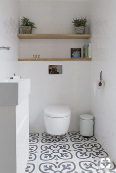 20 Sophisticated Basement Bathroom Ideas to Beautify Yours 20 Sophisticated Basement Bathroom Ideas to Beautify Yours Ina Gäste WC This is just for you who has a […] room lay above toilet half baths Bathroom Toilets, Diy Bathroom, Basement Bathroom, Bathroom Inspiration, Bathroom Decor, Small Bathroom Remodel, Bathrooms Remodel, Downstairs Bathroom, Laundry In Bathroom