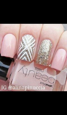 Cute sparkley nails