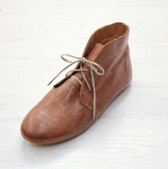 Sseko Designs:<br>Caramel Brown Leather<br>Nomad Chukka