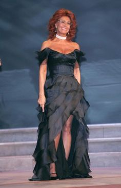 Sophia Loren en 2004                                                                                                                                                                                 Plus