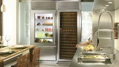 SUB-ZERO 650G 21 CU FT REFRIGERATOR/FREEZER modern refrigerators and freezers
