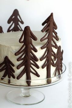 Winter Wedding Cakes (or an awesome Christmas cake)