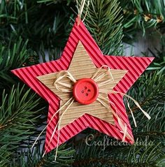 Corrugated Cardboard Christmas Star Ornament 3 More Christmas Star, Christmas Crafts For Kids, Christmas Projects, Holiday Crafts, Christmas Cards, Christmas Ideas, Diy Christmas Ornaments, Handmade Christmas, Christmas Tree Decorations