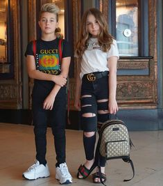 Teen Streetwear outfit ideas that look stylish looking for style ideas and inspiration for mens style dandy provide amazing content about mens fashion style grooming life. Little Girl Outfits, Kids Outfits Girls, Cute Girl Outfits, Cute Little Girls, Girls Fashion Clothes, Tween Fashion, Fashion Outfits, Men's Fashion, Junior Fashion