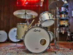 Vintage Ludwig Shell Pack in Champagne Sparkle - Drums - Cymbals - Percussion - The UK finest online percussion store - Drumshop UK Ludwig Drums, Vintage Drums, Drummer Boy, Drum Sets, Drum Machine, Musical Instruments, Beatles, 3 Piece, Guitars