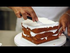 2 - Kids' Birthday Cakes / How to Make a Princess Castle Cake: Assembly 2/2