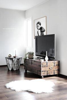 Modele de comode TV din lemn refolosit reclaimed wood tv stand 9