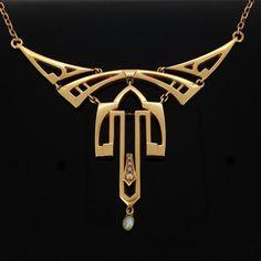 STUNNING Art Nouveau 14kt gold necklace, c.1905 #GoldJewelleryArtNouveau