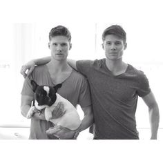 The acclaimed designer sported a casual ensemble for his day of travel in a monochrome themed look with Kevin Baker. National Twin Day, Man Crush Everyday, Identical Twins, Second Best, Star Fashion, A Good Man, Male Models, Cute Boys, Fitness Models