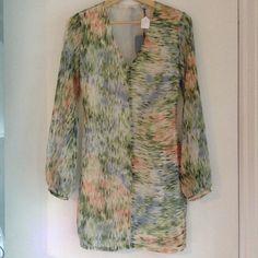 ZOA New York, NWT watercolor silk dress ZOA New York, size s, silk watercolor dress NWT, billowy fabric long sleeves! Gorgeous dress! Zoa Dresses Long Sleeve