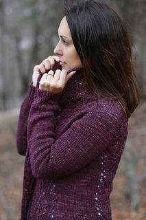 Use coupon code jojifallkal2015 to get a 20% off from this or any other of my patterns through September 6th, and please come join us if you wish to take part in our Fall Knit-Along here.