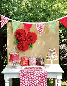 """Berry Sweet"" Summer Strawberry Picnic Party // Hostess with the Mostess® - backyard party Picnic Theme, Picnic Birthday, First Birthday Parties, Backyard Party Decorations, Birthday Party Decorations, Birthday Ideas, Burlap Party, Strawberry Shortcake Birthday, Vintage Strawberry Shortcake"