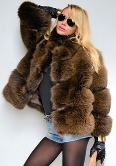 One of the most stunning fur models.. classy, stylfull. Love it!
