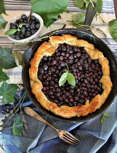Rattlebridge Farm: Blueberry-Basil Galette in a Cast Iron Skillet Herb Recipes, Sweet Recipes, Cooking Recipes, Creamy Chicken Rice Soup, Dutch Baby Pancake, Grape Salad, Cast Iron Skillet, Desert Recipes, Recipe Using