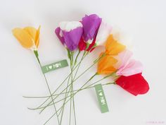 DIY  tissue paper flower by La maison de Loulou {inspired by Lia Griffith}*