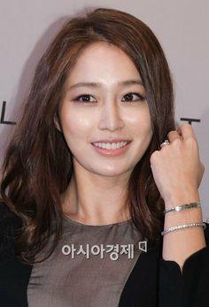 Lee Min Jung, Beautiful, Girls, Toddler Girls, Daughters, Maids