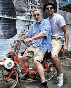 Robert De Niro takes JR for a spin round New York! Moped Bike, Moto Scooter, Scooter Girl, Bicycle Engine, Jr Art, Harley Davidson Sportster, Vintage Motorcycles, Custom Bikes, New York