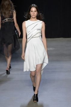 Narciso Rodriguez RTW Spring 2015 - Slideshow - Runway, Fashion Week, Fashion Shows, Reviews and Fashion Images - WWD.com