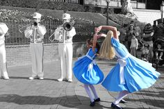 Alice twirl - Disneyland