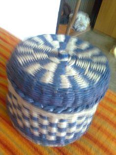 Modrobiela dóza - dokončenie Laundry Basket, Wicker, Organization, Home Decor, Organisation, Homemade Home Decor, Interior Design, Home Interiors, Decoration Home