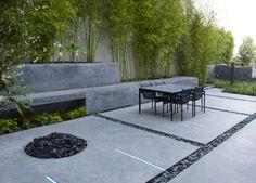 http://wohnideen.minimalisti.com/wp-content/uploads/2013/07/hohe-Betonmauer-bauen-Bambus-Kohlen.jpg