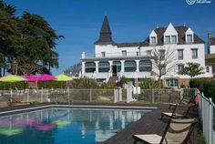 La Bretagne, Carnac, l'Hôtel Le Tumulus est un bel hôtel de charme. Avec #Bontourism, voyagez et vivez des expériences uniques