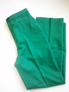 "Vintage Levi's 70's Kelly Green High Waisted Pants / Vintage Size 10 S / Modern Size XXS / XS / 26"" Waist by JulesCristenVintage on Etsy"