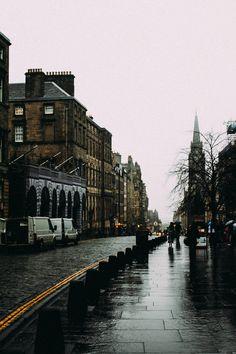 rachapun:  Edinburgh in the Rain